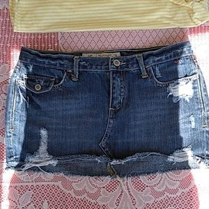 Hollister Junior's Distressed Jean Mini Skirt